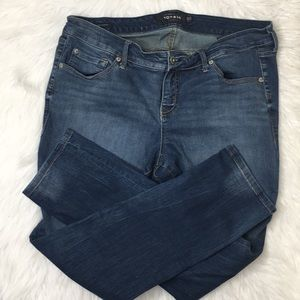 Torrid Boyfriend jeans medium wash sz 16 R